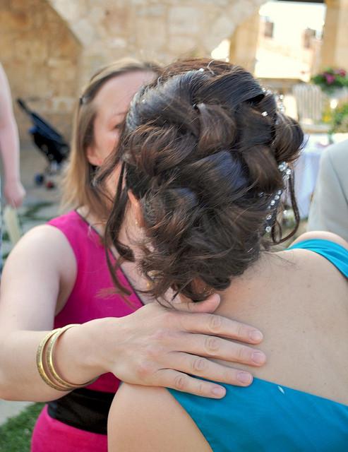 Backyard Wedding Hair Ideas : Wedding hairstyles from beautiful brides